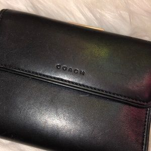 Coach KISS Leather Wallet Good Condition